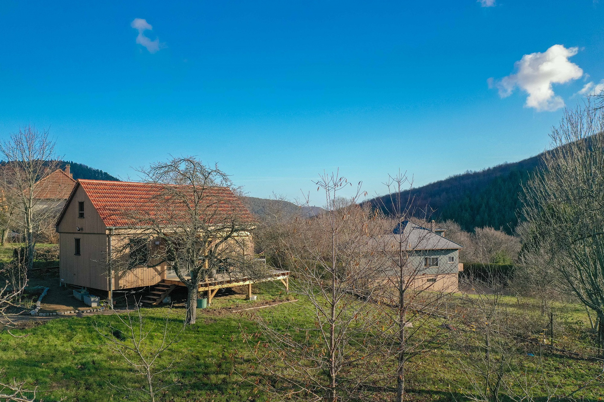 Petite maison en bois habitable